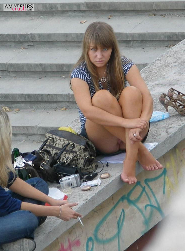 Tribbing sexy young school girls nude