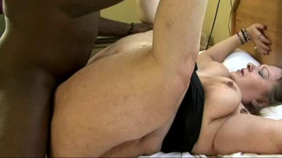 Shemale fucks guy ass